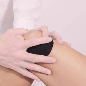 knee-Massage